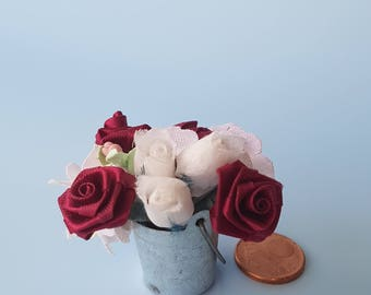 Miniature zinc buckets with roses 1:12