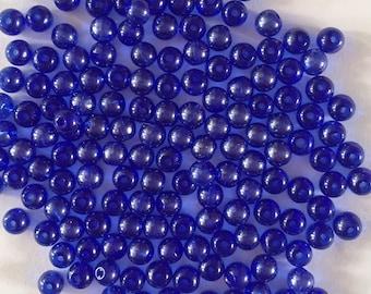 100 x royal blue glass lustre round beads 4mm