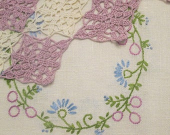 Vintage Linen Dresser Scarf and Crocheted Doily - Bedroom Decor - Cream and Lavender - Bridal Shower Gift