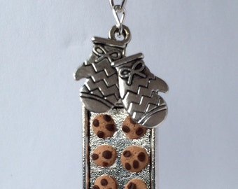 Mini baking cookies necklace - cute chocolate chip cookie tray with tiny oven mitts - bakery charms