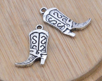 10 Cowboy Boots Charms, Antique Silver boot pendant, alloy boot necklace, filigree boot beads 16X25mm