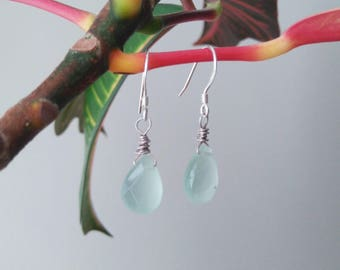 Vintage Aqua Green Chalcedony Sterling Silver Wire Wrapped Dangle Earrings EG1