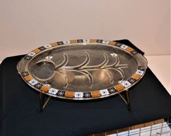Vintage 1950 Starburst Atomic Glass Platter with Warmer