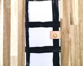 Jw ministry organizer. Black tract holder. Tract folder. Tract holder for girls. Tract organizer. Leather tract holder. Ministry Organizer.