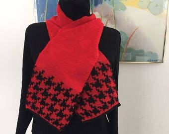 Vintage 80's -90's Black & Red  Adrienne Vittadini Made in ITALY  Winter Scarf