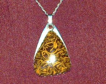 Leopard skin stone Pendant, Modren Contemparary Design, Hign Shine, Sleek, High Gloss