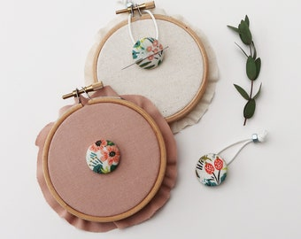 Cotton + Steel - Jungle in Natural - Menagerie - Rifle Paper Co. Magnetic Needle Minders, Embroidery, Sewing Notions