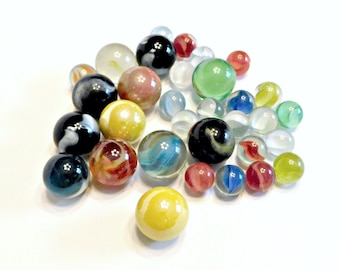 32 Vintage Glass and Agate Marbles, Includes 12 Shooters, Swirls, Cat's Eye, Multi Colors, Clear, Vintage Marbles, Vintage Toys
