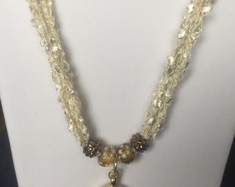 Trellis pendant necklace