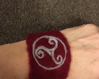 Needle felt cuff bracelet celtic design
