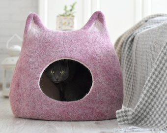 Cat bed, cat lovers gift, cat cave, cat house, ecofriendly handmade felted wool cat bed, light purple natural white, unique gift, cat nap