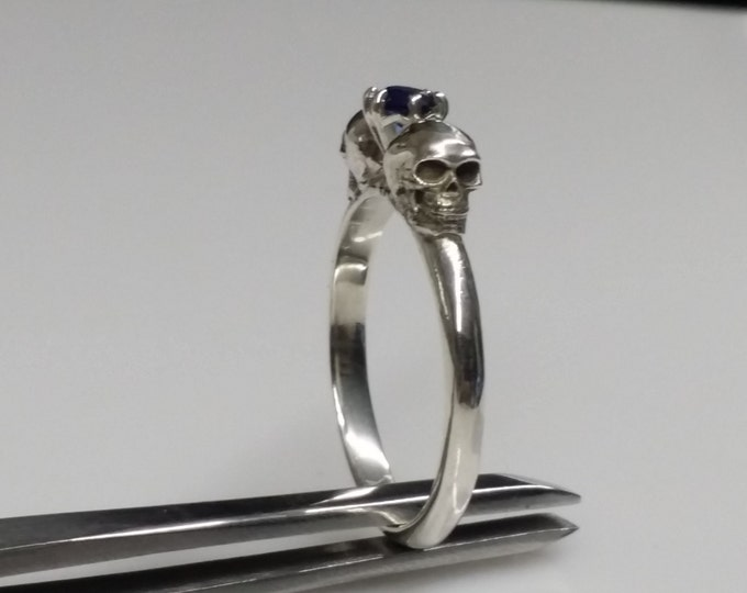 Skull Ring with 4mm stone.