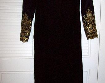 """Vintage  Victor Costa Evening """"Red Carpet"""" Long Black Velvet Dress Size 6 - 8"""