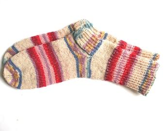 Gestrickte Socken für Damen, Socken stricken, Socken Wolle Frauen