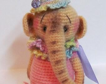 Miniature Crochet THREAD ARTIST  Elephant Pattern Penny by Joanne Noel of  Bayou Bears