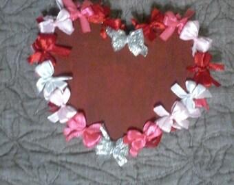 Valentine heart gift ribbon bow