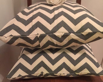 Pillow Covers/ Shabby Chic Pillow Cover/ Canvas Pillow Covers/ Chevron Print, 2 Pillow Covers