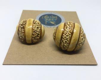 Set of 2 Ceramic Buttons