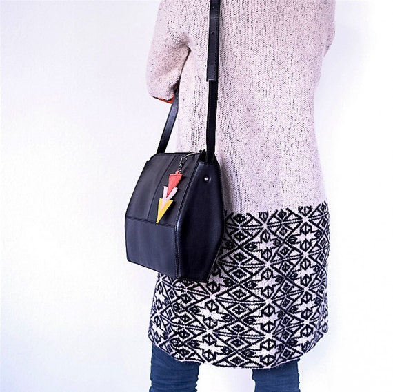 Black Shoulder Bag, Vegan Leather Bag with Keychain, Minimalist Crossbody Bag, Faux leather, Gifts for her, Geometric Bag, Structured Bag