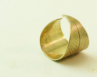 Leaf Ring Brass