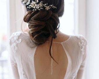Wedding hair accessory - Bridal floral comb - Wedding floral headpiece - Bridal flower hairpiece - Wedding crystal comb - Wedding Adornment