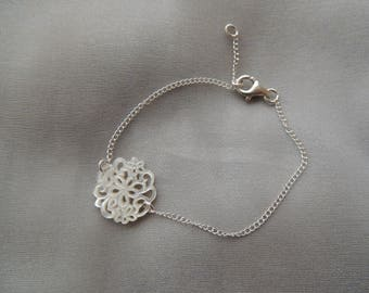 Bracelet silver and Pearl pattern floral