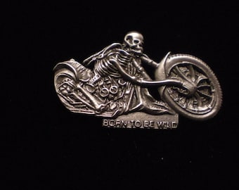 vintage harley davidson pin. GREAT SHAPE aprox 2 inches old school