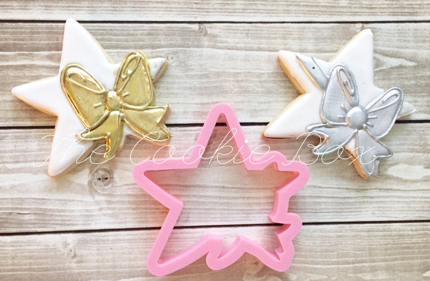 Miss Doughmestic\'s star with Bow
