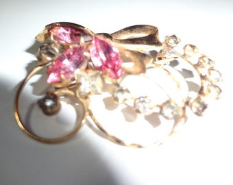 Pretty Pink Vintage Brooch
