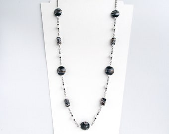 classic beaded necklace,elegant necklace,black and white necklace,wife gift,vintage necklace,glass bead necklace,affordable necklace