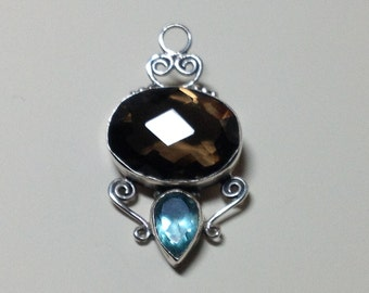 Faceted Smokey Quartz and Blue Topaz Gemstones on Sterling Silver 925 Mount and Enhancer