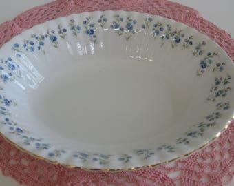"""ROYAL ALBERT MEMORY Lane Vegetable/Veggie Bowl  9"""" Wide.  Bone China. Made in England"""