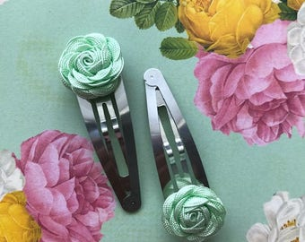 Pistachio Hair Clip Set - Flower Snap Clips