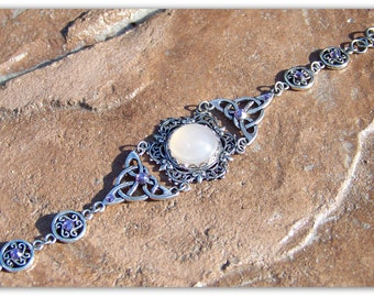 Celtic Bracelet - Outlander - Scottish Jewelry, Celtic Jewelry, Celtic Wedding, Scottish Bracelet, Celtic Knot, Irish Jewelry, Medieval