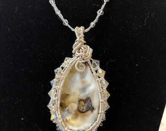Crystal Encrusted Oyster Necklace- Perfect for Formal Occasion