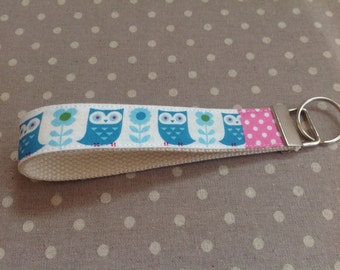 Blue white pink owl and flower short key lanyard woodland animal keychain gift for friend under 10 cute key fob kawaii key chain