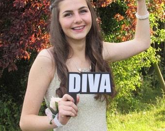 Diva - Wordprop Photo Booth Prop  013-059