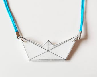 Necklace Turquoise Boat White