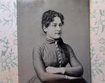 antique small tintype photo - 1800s, woman with folded arms, curly hair