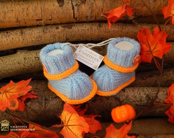 Knitted baby booties.Handmade baby booties.Blue and orange