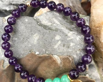 Bracelet // Amethyst, Chrysoprase, Karen Hill Tribe Gold // Stretch Wrist Mala