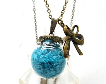 Turquoise sand glass globe knot necklace, bronze