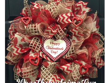 Burlap Valentine Wreath, valentine wreath, Valentine's Day, Valentine's Day decor, Valentine's Day wreath, red wreath, holiday wreath