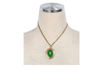 Vintage 30s Necklace - Vintage 40s Necklace - Green Glass - Chrysoprase - Rhinestone - Victorian Style - Pendant Necklace - Green Gold