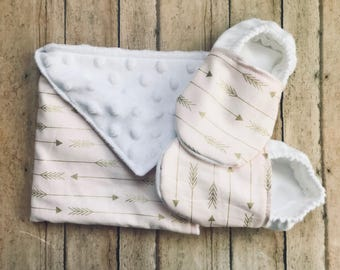 Gold arrow lovey and crib shoe set