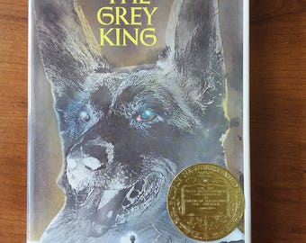 The Grey King by Susan Cooper 1975 First Edition John Newbery Medal with free shipping in the US