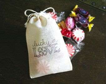 Wedding favor bags, set of 50 drawstring cloth bags, Lucky in Love, four leaf clover, bridal shower, party favor bags, Irish wedding favors