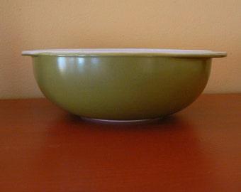 Vintage Pyrex 024 Bowl 2 QT  Verde Green Mixing Bowl