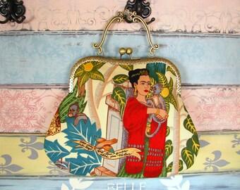 Original evening clutch purse with Frida Kahlo, kiss lock purse, metal frame purse, purse with handle