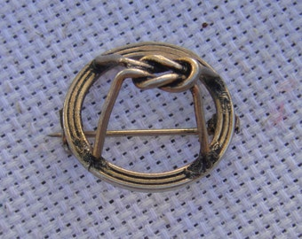 Vintage Adele Simpson Wire Knot Scarf Pin/Adele Simpson Signed Pin/Scarf Pin/Wire Knot Pin/Vintage Brooches/Holiday Party Accessory